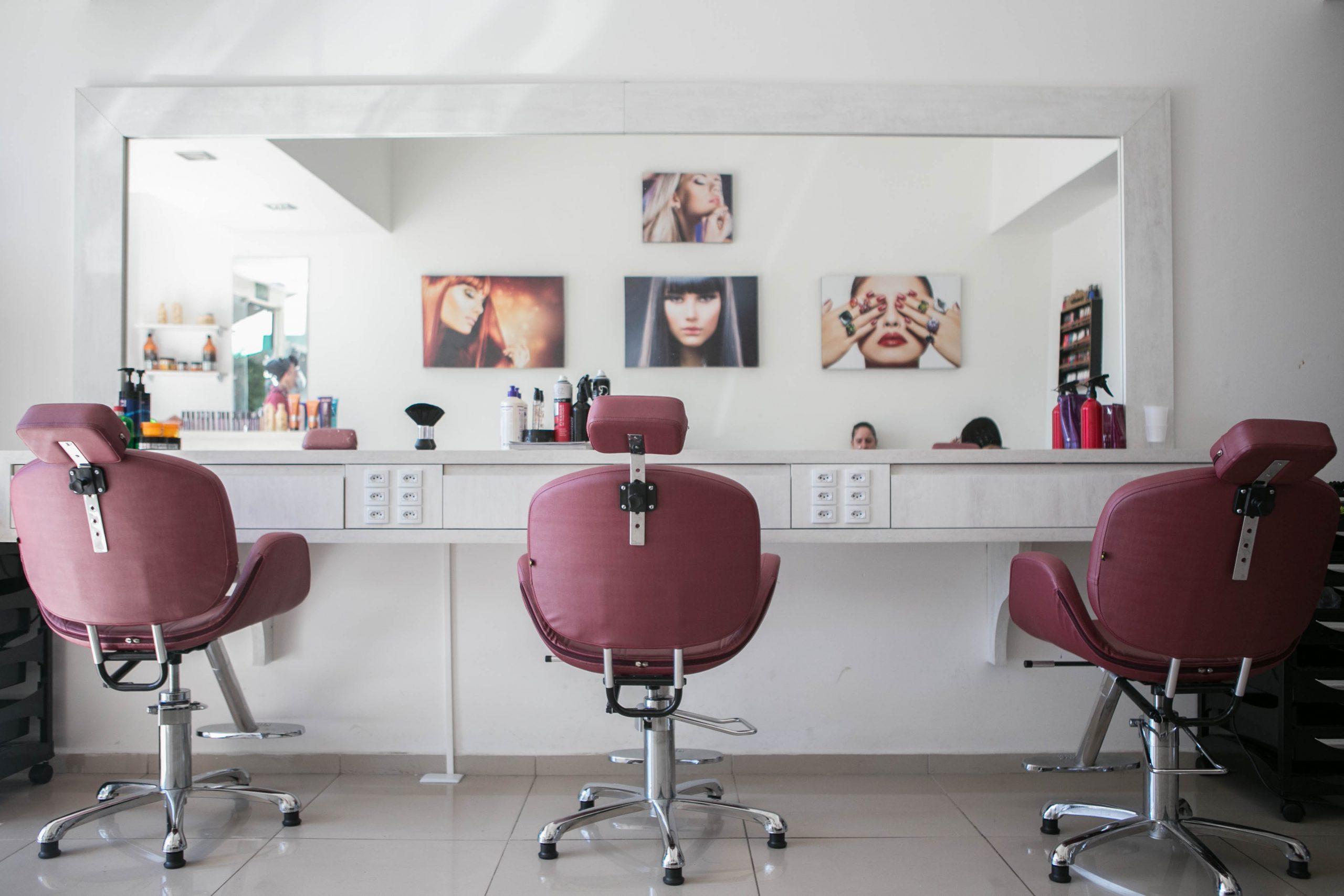 Przeprowadzka salonu kosmetycznego w Wrszawie - jak ją sprawnie zorganizować?